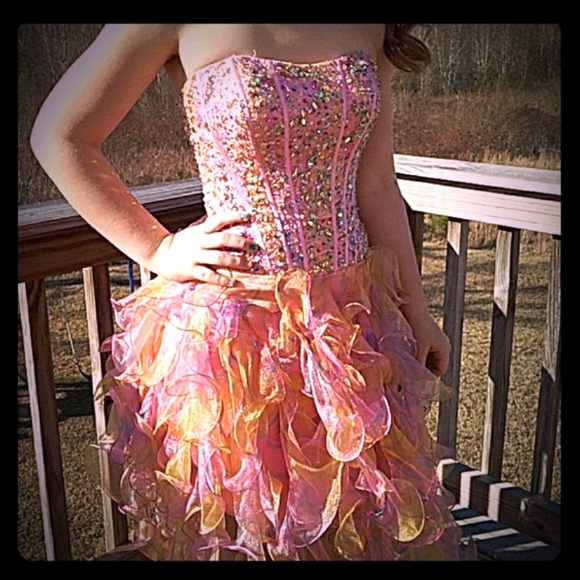 Jovani Dresses & Skirts - Jovani sz 2 style 110621 prom dress 💖💖